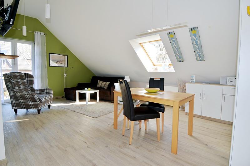 ferienwohnung im stadtgebiet heiligenhafen ostsee. Black Bedroom Furniture Sets. Home Design Ideas